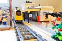 Ook Lego-versie Station Harlingen wordt mooier