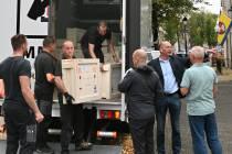 Schatten uit het Rijks arriveren in Hannemahuis