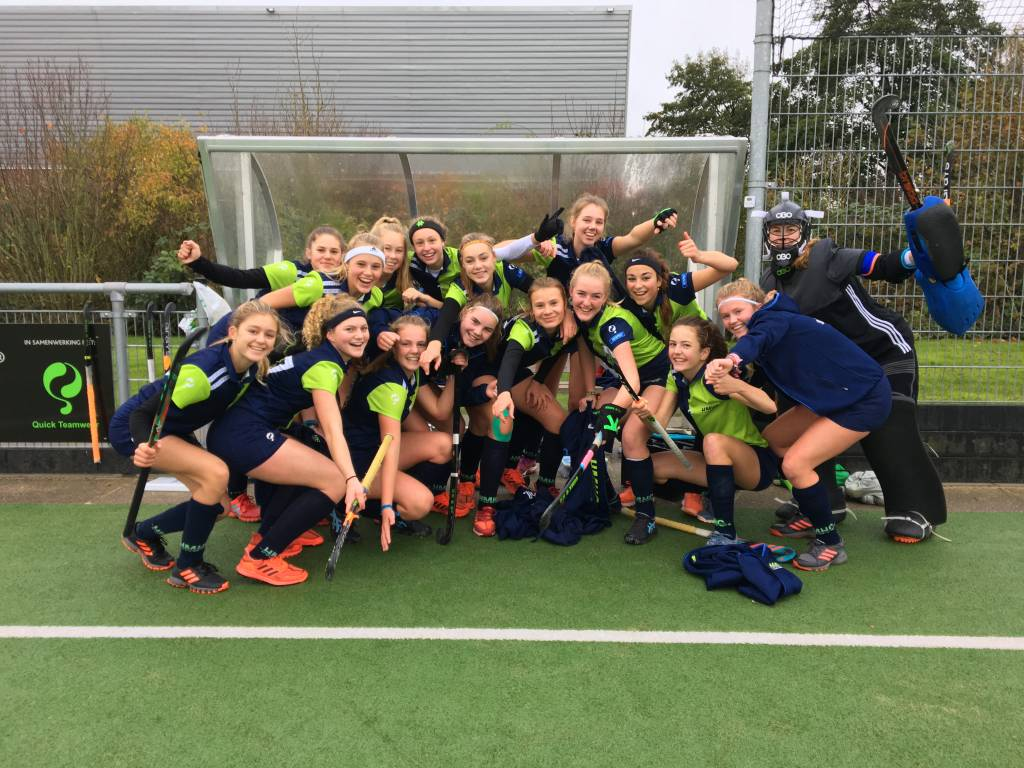 HMHC MB1 wint in Zuidhorn - Harlinger Courant