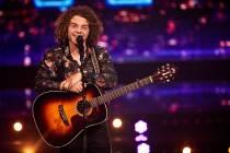 Harlinger Boaz Roelevink in nieuwe zangwedstrijd SBS6