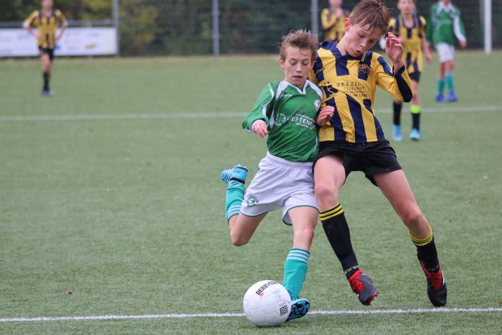 JO13-1 speelde een goede (beker)wedstrijd tegen LAC Frisia maar verloor uiteindelijk nipt met 3-2 en ligt daardoor uit de beker.(Foto: Hilbrand Cuperus)