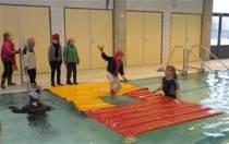 Leerzame les Wakzwemmen in het zwembad