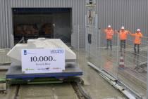 Grote Levvel jongen van 6,5 ton op Nieuwe Willemshaven en aanraken mag