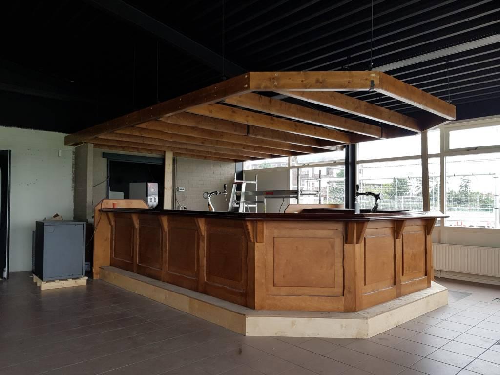 Nieuwe bar met tapinstallatie.(Foto: E.c.A.)