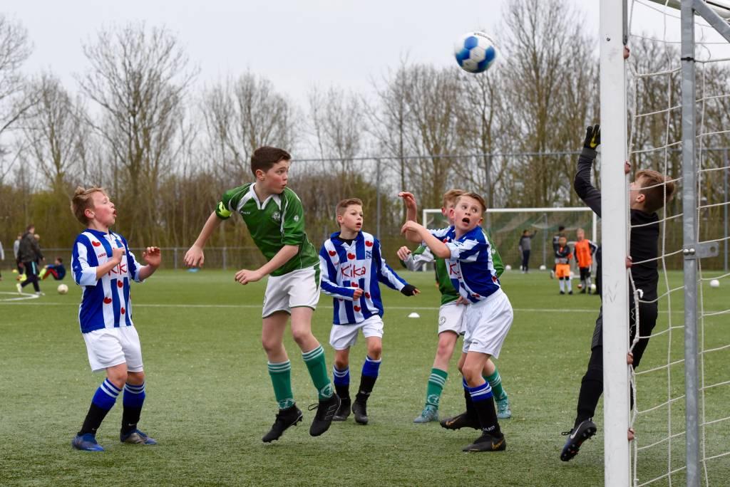 Zeerobben JO12-1 werd door strafschoppen uitgeschakeld door Heerenveen.(Foto: Frans Bode)