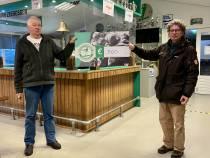 Zeerobben deelt 'rondje voor de club' met de Voedselbank