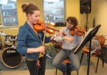 Muziekschool Ritmyk heeft weer ruimte voor jong en oud